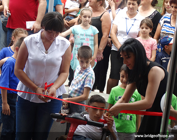 Opening ceremony of renovated center in Noyemberyan. Cutting red tape